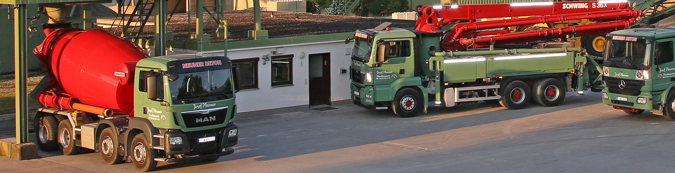 Fahrzeuge für Transportbeton im Betonwerk Neuner